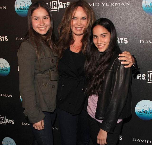 Catherine Bach with her daughters